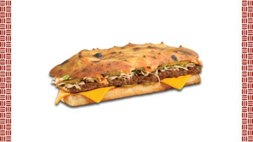Chiabatta, salcë pikante, lakër e bardhë, kastravec turshi, hamburger mish, viçi pikant, djathë merlinger.