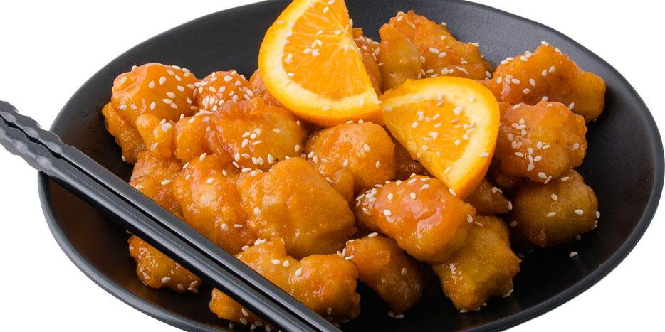 Pulë me salcë të ëmbël të athët, lëng portokalli, susam