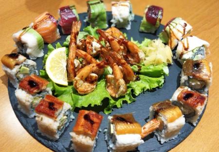 Ebi yaki, Classic dragon roll, classic rainbow roll