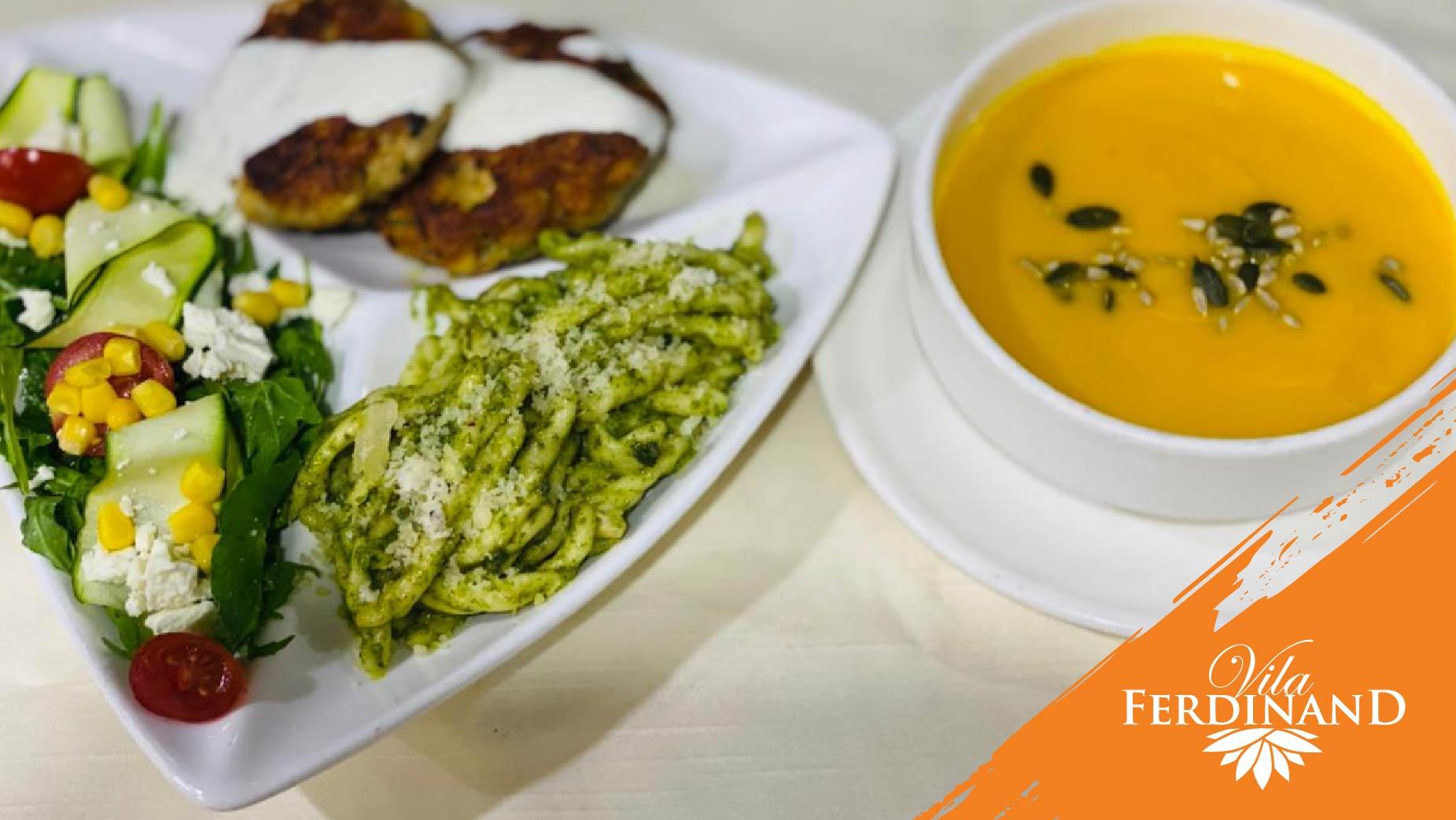Sallatë me jeshile, vezë dhe acciughe të marinuara, miglio me perime, supë krem rukola.