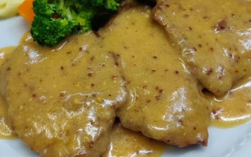 Fileto viçi me mustardë