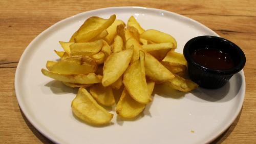 Patate dip patate , ketchup