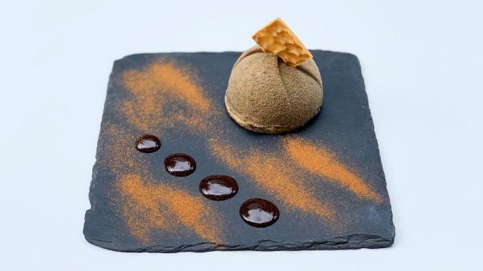 Mousse me çokollatë