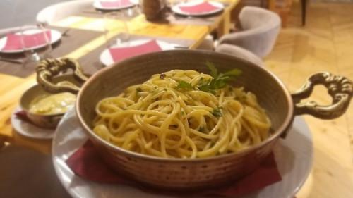 Spaghetti me vaj dhe hudhër