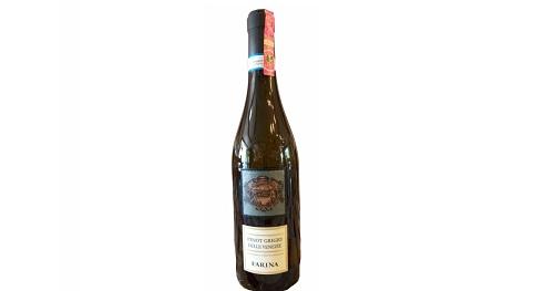 Verë e bardhë e rrumbullakët në shije, me aroma të frutave të pjekur dhe me raport cilesi çmim shumë të mirë