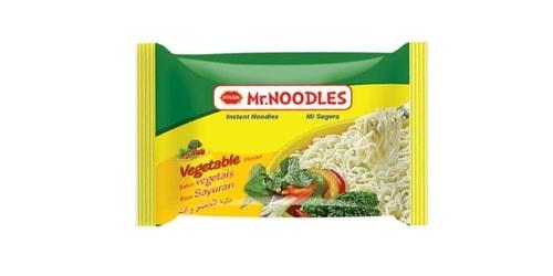 Makarona të holla noodles me shije perimesh. Përgatiten duke u hedhur ujë të nxehtë dhe duke i lënë të gatuhen për 3 minuta.
