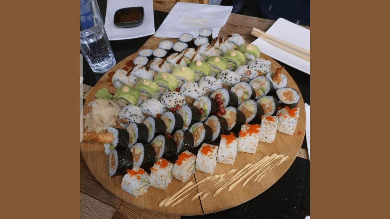 60 copë me 5 maki, tempura futo maki, green dragon, philadelphia maki, kalifornia, krispi maki lekur salmoni, 10 nigiri mix, 8 hoso maki