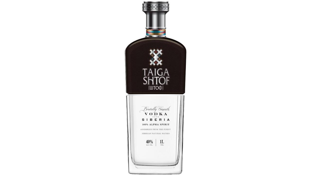 Është një vodka e re premium që përzihet me cilësinë më të lartë të grurit me ujë të pastër mineral me burim nga i gjithë rajoni. Krijuar nga Alpha Spirit, jep një shije brutale të qetë e cila i rikthen pirësit në përvojën origjinale të vodkës së vërtetë.