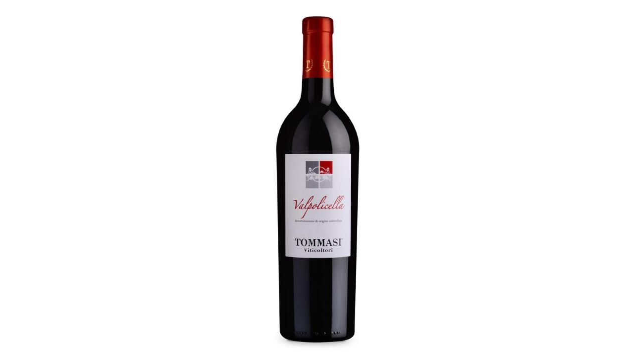 Zona ku është prodhuar është Veneto, Itali, varieteti i përdorur është Corvina Veronese, Corvinone, Rondinella, Oselleta. Është një verë intensive me aroma të forta dhe elegante njëkohësisht, shfaq aromat e qershisë dhe kumbullës së kuqe.