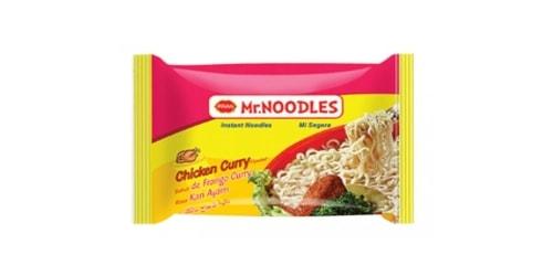 Makarona të holla noodles me shije pule dhe curry. Përgatiten duke u hedhur ujë të nxehtë dhe duke i lënë të gatuhen për 3 minuta.