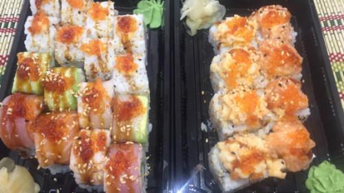 Crazy salmon 4, crazy karkalec 4, rainbow 8, moscow roll 8