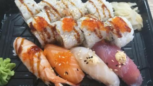 California roll 4, salmon classic 4, nigiri 4
