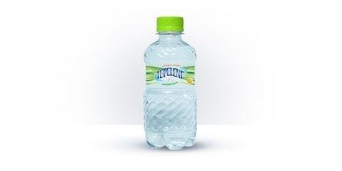 Ujë me vitamina mollë
