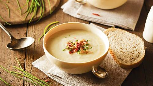 Supë velute me kërpudha