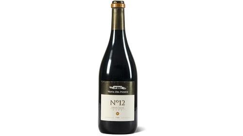 E prodhuar me 4 varietete (Cabernet Sauvignon, Merlot, Syrah dhe Tempranillo) dhe e vjetëruar 12 muaj në fuçi lisi amerikan, kjo verë është bombastike në aromë dhe në shije. Nje verë për të provuar fiks stilin spanjoll.